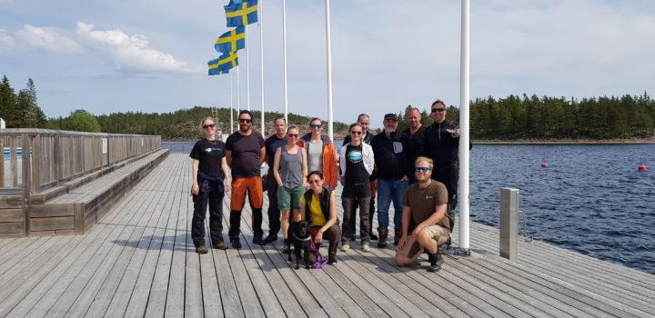 Ryhmäkuva ECOnnect-hankkeen henkilöstöstä Ulvönissä, Ruotissa.